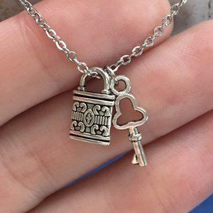 Skeleton Key Lock Necklace Tibetan Silver 4for$20